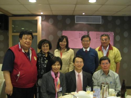蔡清華總會長與黎麗華秘書長到場恭賀