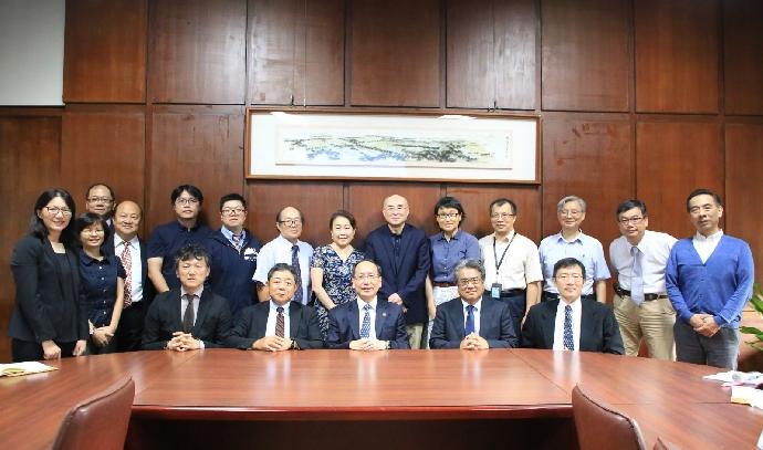 東海大學與日本富士通雲端科技、台灣富士通 三方簽署行動雲服務合約