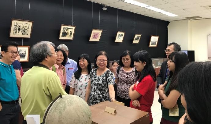 馬來西亞沙巴基督教巴色會參訪圖書館