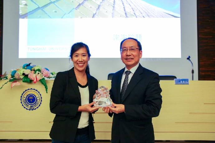 東海大學邀請哈佛商學院教授黃樂仁 暢談AI的人文與跨域學習
