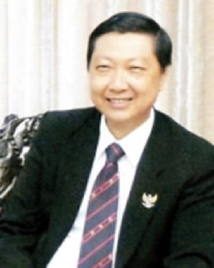 黃賢安 校友