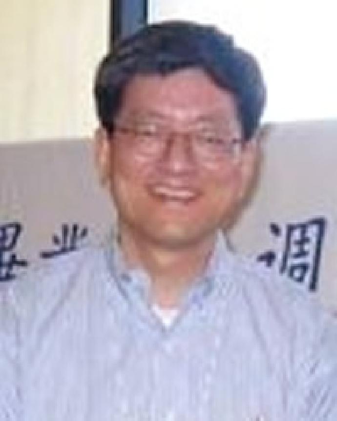 劉鴻文 校友
